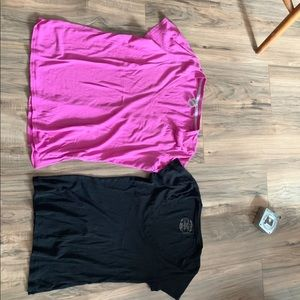Two everyday tee VS PINK and old navy